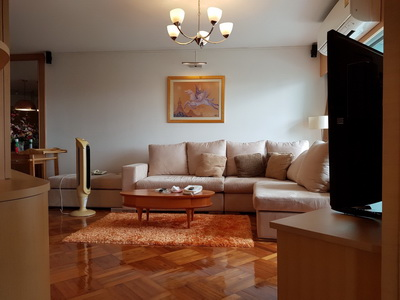 ขาย คอนโด บางกอกการ์เด้น Bangkok Garden ซอย นราธิวาส 24 พื้นที่ 102 ตรม  ชั้น 8 เพียง 7.9 ล้าน 2