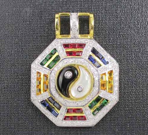 จี้ หยินหยาง ฝังพลอยหลากสี ล้อมเพชร 111 เม็ด 1.11 กะรัต ทอง18K งานสวยมาก นน. 13.82 g