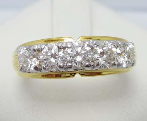 รหัสสินค้า 019163 แหวน เพชรแถว 5 เม็ด 0.77 ct งานทอง90 หลุดจำนำ นน. 4.91 g