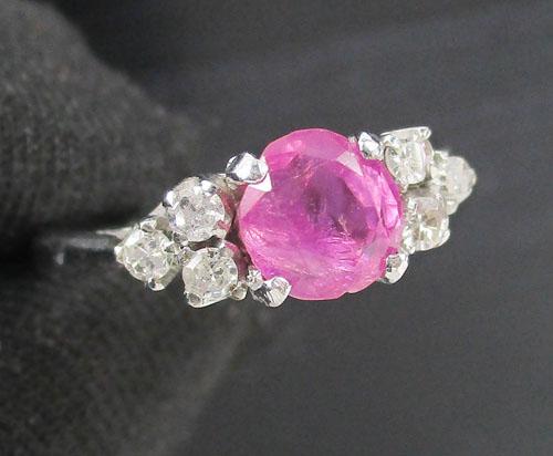 แหวน ทับทิม เจียร เพชรกุหลาบ 6 เม็ด 0.12 กะรัต งานทองขาวโบราณ(ปาหะ) นน. 1.95 g