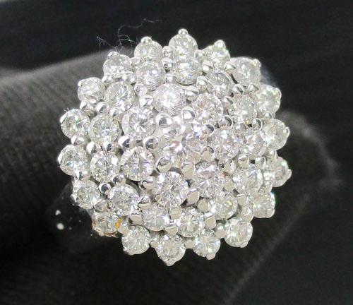 แหวน เพชรกระจุก ทรงพุ่ม เพชร 39 เม็ด 1.30 กะรัต ทอง18Kขาว เพชรสวย เล่นไฟ วิ้ง วิ้ง นน. 7.66 g