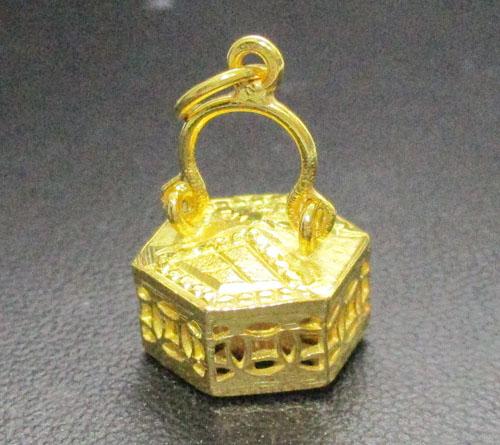 จี้ ตะกร้าสาน ทองคำ ฉลุลาย งานทอง90 สวยน่าสะสม นน. 3.27 g