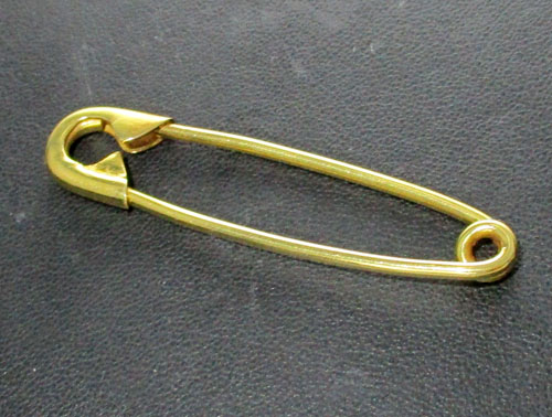 เข็มกลัด ทองคำ ทอง90 งานเก่า หลุดจำนำ นน. 7.65 g
