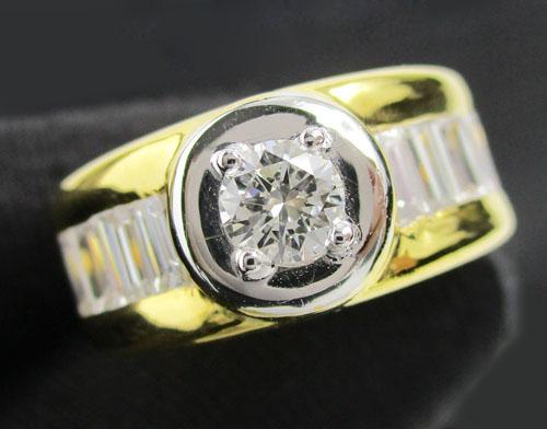 แหวน เพชรเดี่ยวชู 0.38 ct ฝังเพชรแทปเปอร์ 8/0.64 ct ทอง90 หลุดจำนำ งานสวยมาก นน. 11.82 g