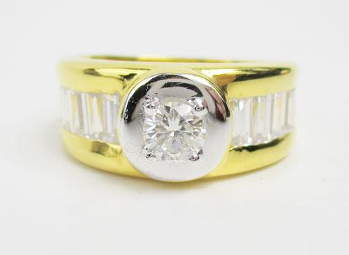 แหวน เพชรเดี่ยวชู 0.38 ct ฝังเพชรแทปเปอร์ 8/0.64 ct ทอง90 หลุดจำนำ งานสวยมาก นน. 11.82 g 1