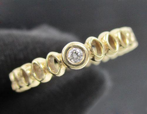 แหวน เพชรเดี่ยว 0.03 กะรัต ฉลุลาย รอบวง ทอง18K งานสวย น่ารักมาก นน. 3.08 g