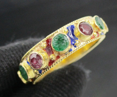 แหวน พิรอด ทับทิม มรกต รอบวง ทอง90 งานโบราณ สวยมาก นน. 4.63 g