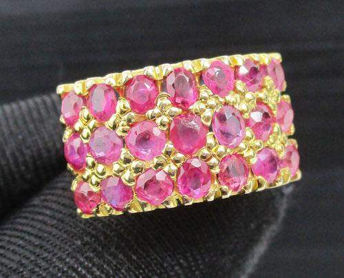 รหัสสินค้า: 49800   แหวน ทับทิม เจียร 3 แถว ทอง90 งานเก่า หลุดจำนำ สวยมาก นน. 6.10 g