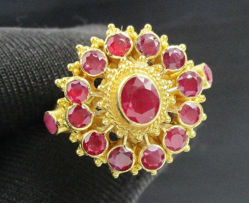 แหวน ทับทิม เจียร กระจุกพิกุล ทอง90 งานเก่า หลุดจำนำ สวยมาก นน. 7.37 g