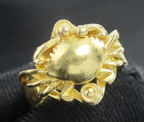 รหัสสินค้า: 50571  แหวน กล ปู ทอง90 งานเก่า หลุดจำนำ สวยมาก นน. 7.88 g