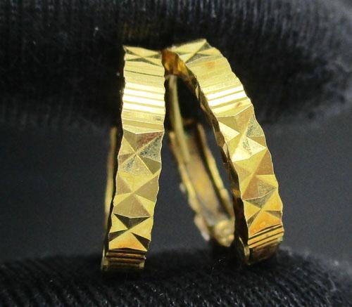 รหัสสินค้า: 50616 ต่างหู ห่วงทอง ตัดลาย ทอง90 งานเก่า หลุดจำนำ สวยมาก นน. 2.42 g