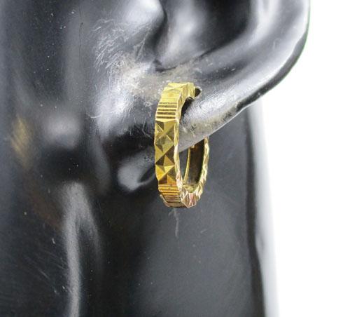 รหัสสินค้า: 50616 ต่างหู ห่วงทอง ตัดลาย ทอง90 งานเก่า หลุดจำนำ สวยมาก นน. 2.42 g 2