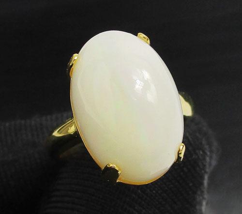 แหวน โอปอล หลังเบี้ย 8 กะรัต ทอง90 งานสวยมาก นน. 6.98 g