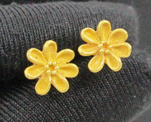 ต่างหู Prima Gold ทอง24K ลายดอกไม้ แป้นทอง14K งานสวยมาก นน. 1.83 g