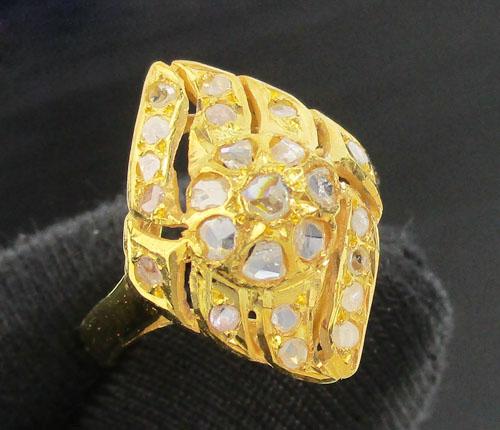 แหวน เพชรซีก ทรงมาคีย์ ฉลุลาย ทอง90 งานสวยมาก นน. 3.75 g