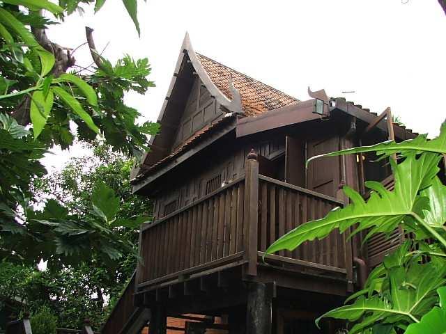 (มีผู้เช่าแล้ว) บ้านเช่าพระราม6 / บ้านทรงไทย ให้เช่า! สวย ร่มรื่น คลาสสิค เฟอร์ครบ. ทำเลดีมาก