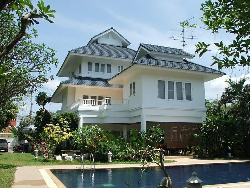 (บ้านเช่าไปแล้ว) บ้านเช่าเลียบทางด่วนรามอินทรา / บ้านเช่าพร้อมสระว่ายน้ำส่วนตัว บ้านสวย 3 ชั้น สนามห