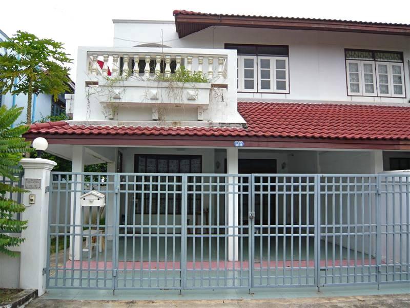 (บ้านเช่าไปแล้ว)บ้านเช่าราคาถูกพุทธมณฑลสาย2 / บ้านเดี่ยวให้เช่าถูกมาก ย่านพุทธมณฑลสาย2 เขตทวีวัฒนา