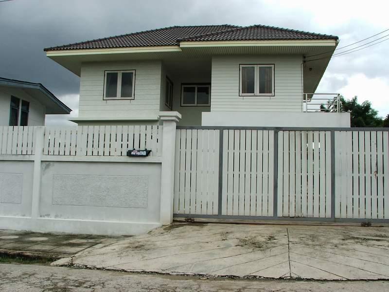 (บ้านเช่าไปแล้ว) บ้านเช่าเสรีไทย / บ้านเดี่ยวให้เช่าใกล้ The Mall บางกะปิ หมู่บ้านสหกรณ์ เสรีไทย บ้า 1