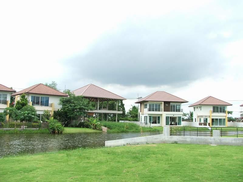 (บ้านเช่าแล้ว) บ้านเช่าอ่อนนุช-สุวรรณภูมิ-สุวินทวงศ์ / บ้านเช่าราคาถูก หมู่บ้านเลคการ์เด้น บ้านน่าอย