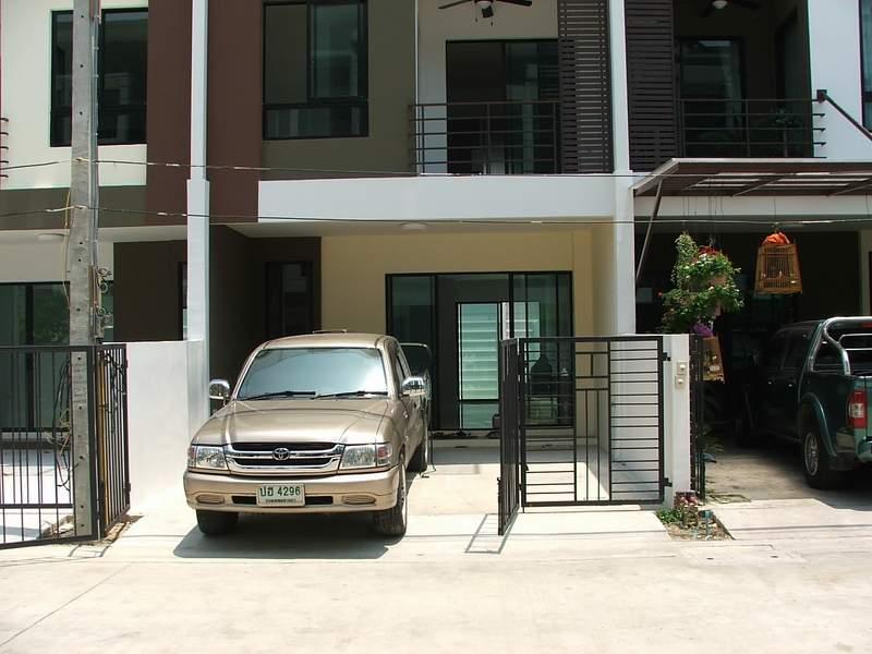 (บ้านเช่าไปแล้ว)บ้านเช่าเอกชัย-บางบอน / ให้เช่าราคาถูก ทาวน์โฮมใหม่ 3ชั้น โครงการ Sixnature เอกชัย64 5