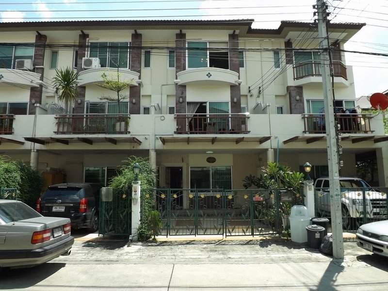 (บ้านเช่าไปแล้ว) บ้านเช่ารามอินทรา / TOWNHOME สวยๆ หมู่บ้านศุภาลัย รามอินทราซอย5 ใกล้ CENTRAL
