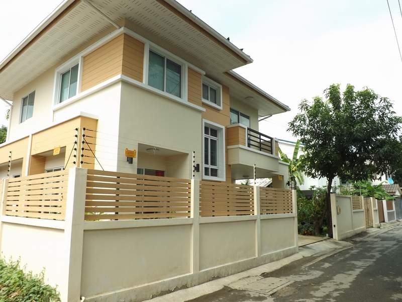 (บ้านเช่าไปแล้ว) บ้านเช่าราคาถูก / บ้านเดี่ยวสวยๆเฟอร์ครบ ใกล้สาธารณะสุข กรุงเทพ-นนท์12