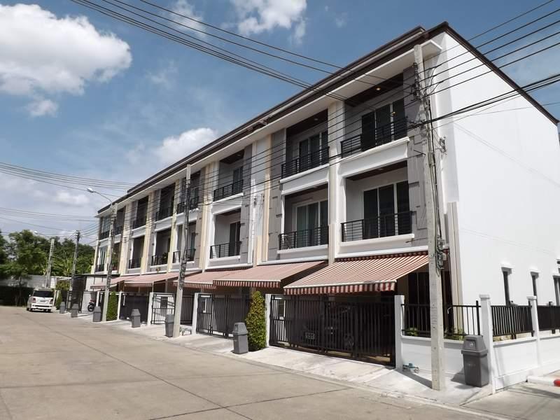 (บ้านเช่าไปแล้ว) บ้านเช่าลาดพร้าว / HOME OFFICE สวยกริ๊บ บ้านกลางเมืองลาดพร้าว 87-101-เลียบทางด่วน