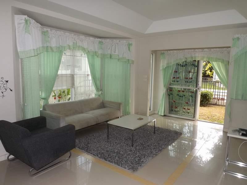 (บ้านเช่าไปแล้ว)บ้านเช่ารังสิต / บ้านสวย ให้เช่าถูก ม.พฤกษ์ลดา-รังสิตคลอง4 โครงการแลนด์เฮาส์ 5