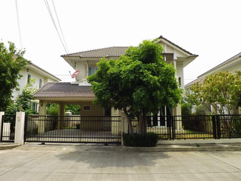 (บ้านเช่าไปแล้ว) บ้านเช่ารัตนาธิเบศร์ / หมู่บ้านเพอร์เฟคเพลส บ้านสวยแต่งครบพร้อมอยู่ ใกล้รถไฟฟ้า BTS