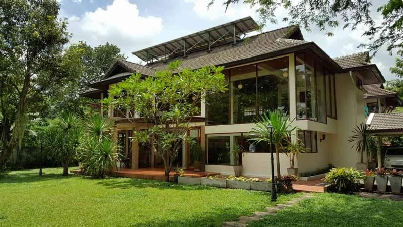 (บ้านเช่าไปแล้ว) บ้านเช่าเสรีไทย / บ้านสวยหลังใหญ่ๆ กว้างขวาง 300 ตรว.โครงการหรูหมู่บ้านนวธานี