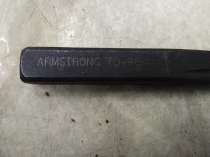 ARMSTRONG 70-964 SCREW ราคา 1425 บาท