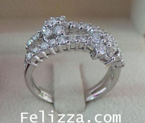 แหวนเพชรแท้เบลเยี่ยมคัท RI00118-36 (DSKZ) 1