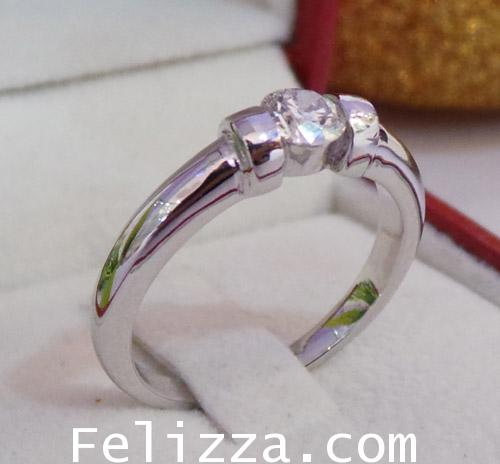 แหวนเพชร เบลเยี่ยมคัต(พร้อมใบเซอร์ GIA) RI00225-55 (EKSX)