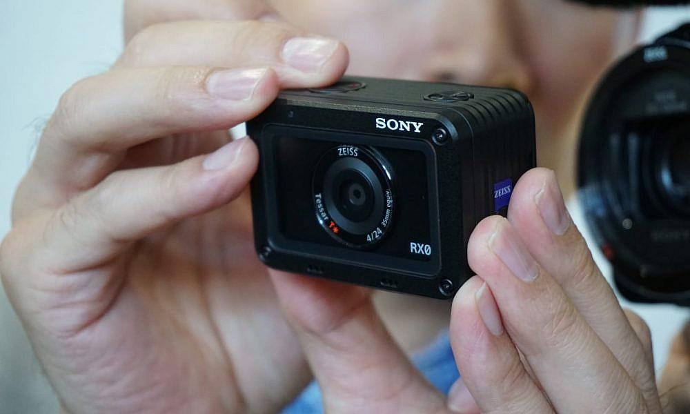 กล้องวีดีโอ Sony RX0 กล้องจิ๋วรุ่นโปรใช้เซนเซอร์ 1 นิ้ว