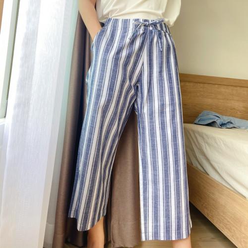 กางเกง ขาบาน ลายริ้วใหญ่ เทาขาวกรม AP-18036A