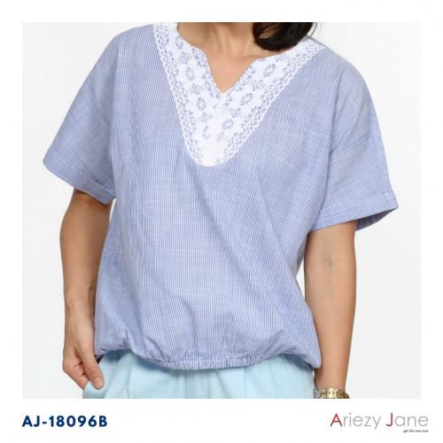 เสื้อแขนสั้นจัมพ์เอว คอวีติดลูกไม้ขาว ผ้า 100% cotton stripe AJ-18096