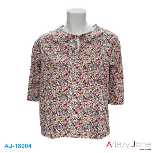 เสื้อลายดอกไม้แขนสามส่วน AJ-18004