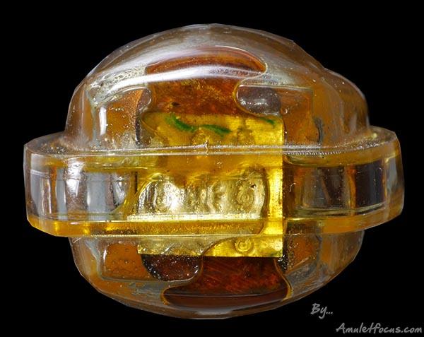 ชูชกไม้ขนุนตายพรายแกะ ฐานตะกรุดทองคำ 9 โค๊ต ลป.หมุน เลี่ยมน้ำมันปลุกเสก ลพ.กวย ออกวัดซับลำใย ปี ๔๓ 7