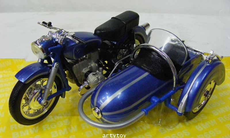 BMW R69S Motorbike Scale 1:18