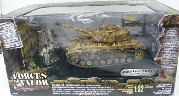 โมเดลรถถัง German Panzer IV Aust.G(Eastern Front,1943) Scale 1:32