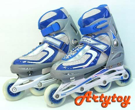 รองเท้าโรลเลอร์ เบรด (Roller Blade) คู่ใหญ่ ล้อมีไฟ  สามารถปรับขนาดเท้าได้
