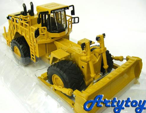 โมเดลก่อสร้าง CAT  854G Wheel Dozer Scale1:50  (UBNB)