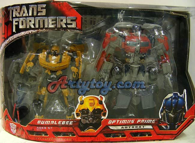 Transformers : Bumblebee and Optimus Prime