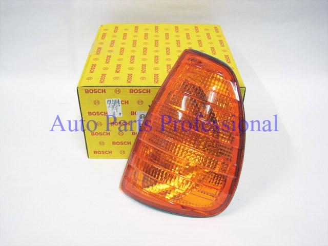 Auto Pro. ไฟเลี้ยวด้านข้างซ้ายสีอำพัน Bosch รถเบนซ์ W123 230 240D 300D 230E 280E