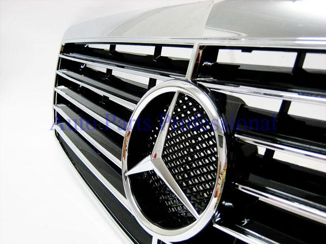 Auto Pro. กระจังหน้าสปอร์ตสีดำพร้อมกรอบโครเมี่ยมรถเบนซ์ W211 รุ่น 4 ประตู E200 E220 E320 E350 E500 E 6