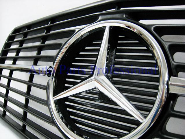 Auto Pro. กระจังหน้าสปอร์ตสีดำรถเบนซ์ W126 รุ่น 4 ประตู 260SE 280SE 280SEL 300SD 300SDL 300SE 300SEL