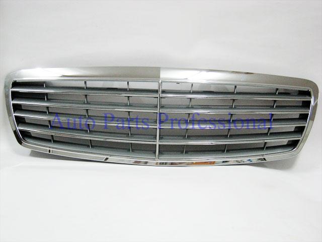 Auto Pro. กระจังหน้าสีเงินพร้อมกรอบโครเมี่ยมรถเบนซ์ AMG W211 รุ่น 4 ประตู E200 E220 E320 E350 E500 1