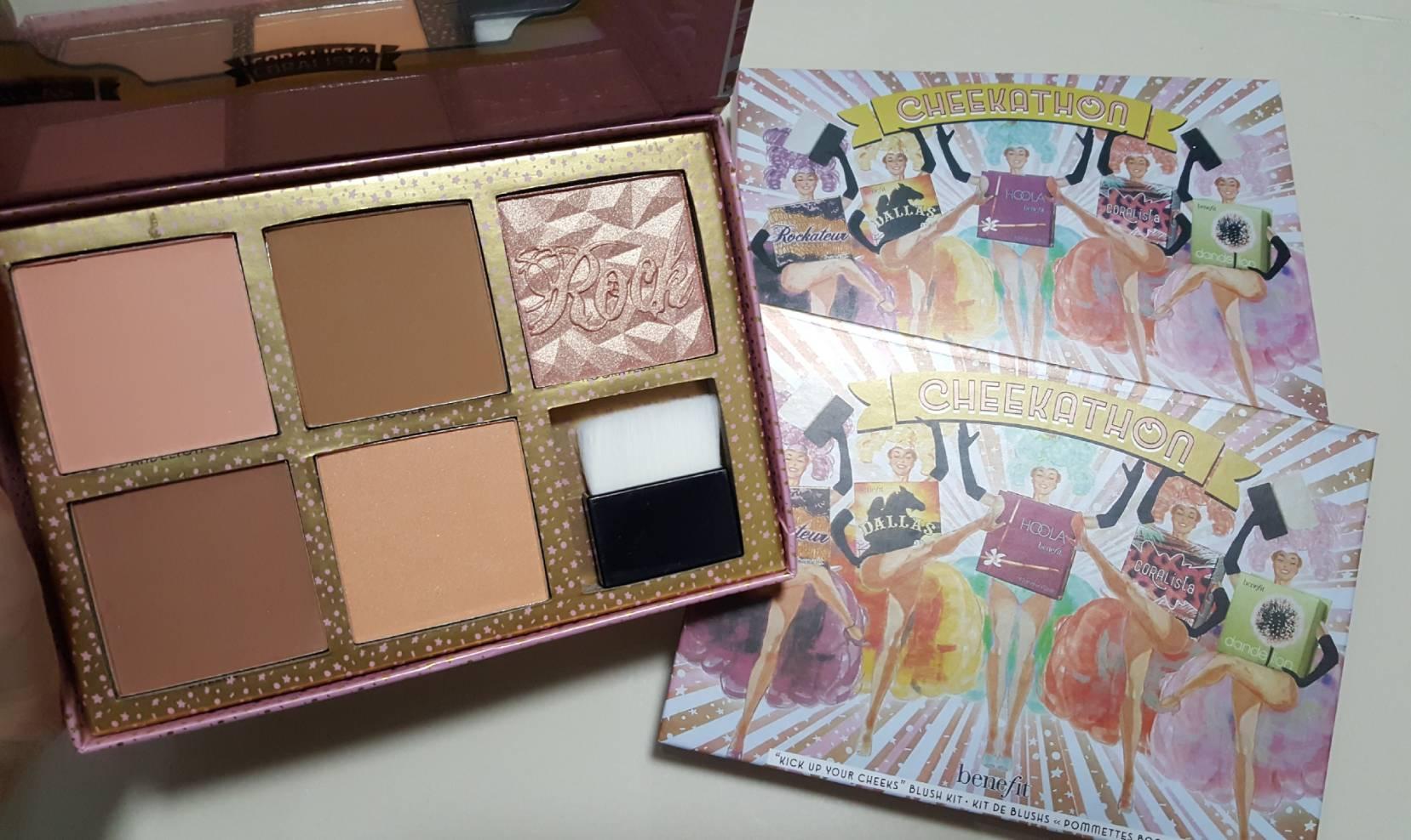 Benefit Cheekathon Blush Palette Limited Edition พาเลตนี้ รวมความดังของบลัชสีฮิต จาก Benefit