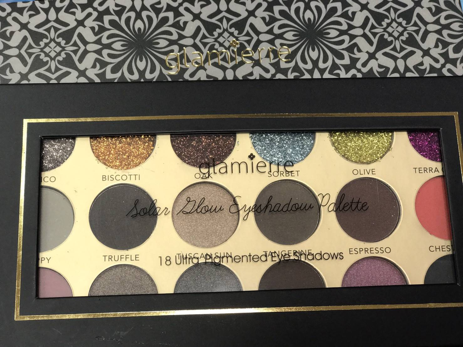Glamierre 18 Colors Textured Matte Cosmetic พาเลทใหม่ปี 2017